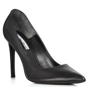 Charles David Leather Pointed Toe Size 8